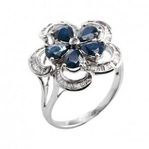 Anel branco Flor com Safiras azuis e Diamantes